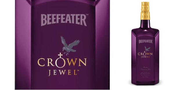 Botella y detalle de la Beefeater Crown Jewel